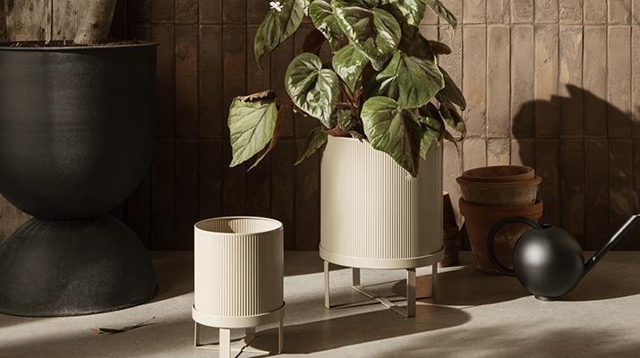 Ferm Living Plant Stand og Urtepotter