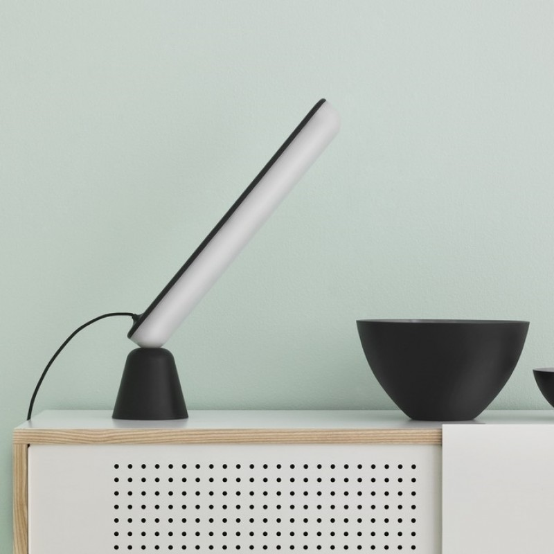 Normann Copenhagen Acrobat bordlampe Sort-31