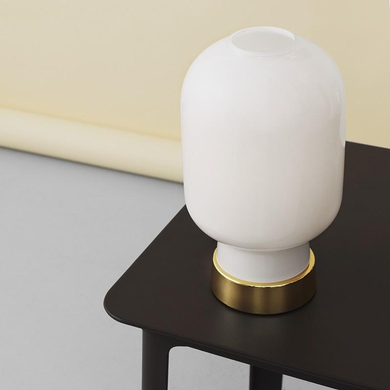 Normann Copenhagen Amp Bordlampe Opal/Brass-31