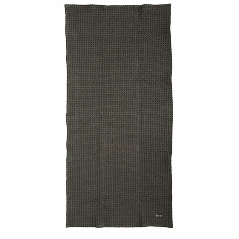 Ferm Living Bade Håndklæde 70 x 140 cm Mørk grå-31
