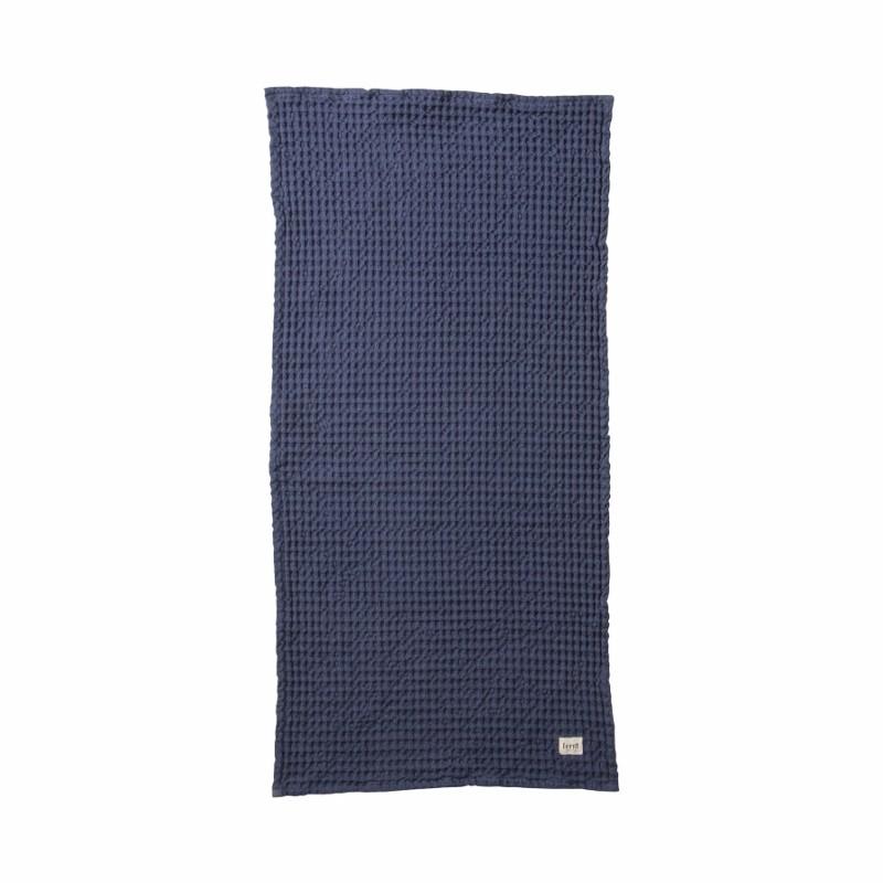 Ferm Living Håndklæde 50 x 100 cm Mørkeblå-31