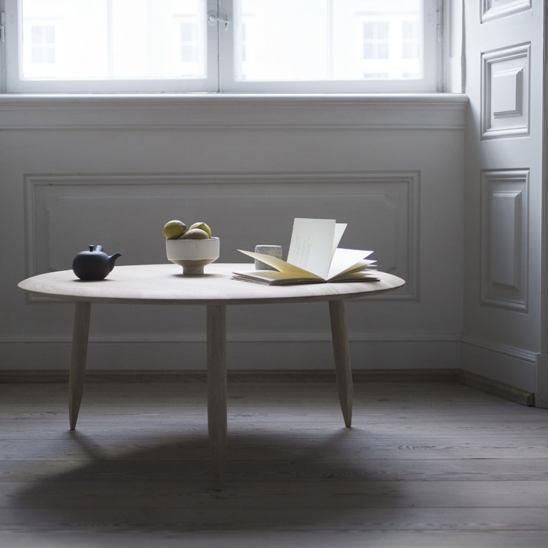 andtradition Hoof Table SW2 Røget Eg-31