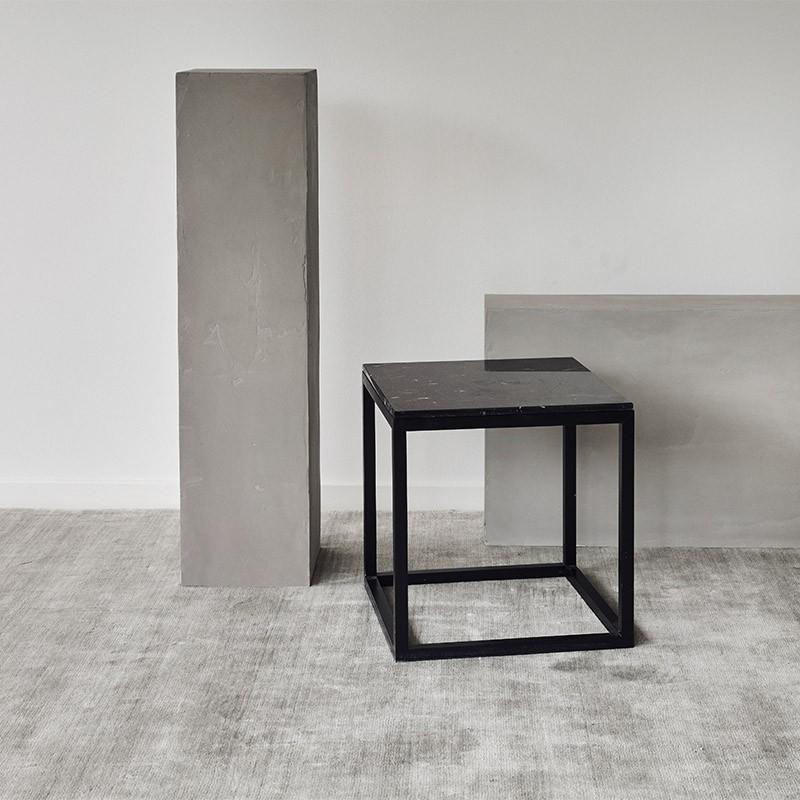 Kristina Dam The Cube Bord Medium Sort Marmor/Sort Eg-31