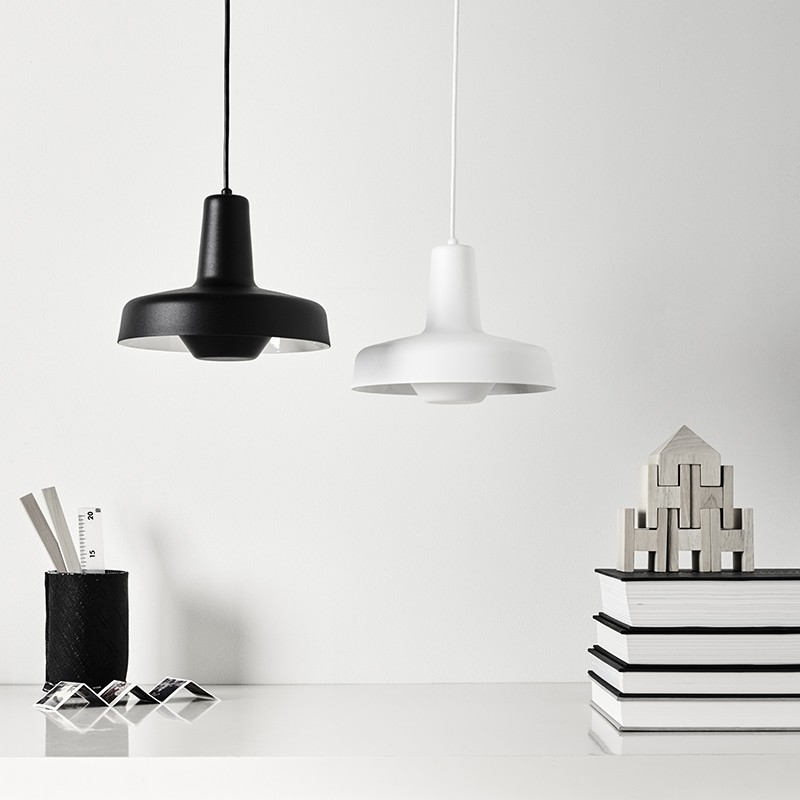 Lampefeber Arigato Pendel Sort-31